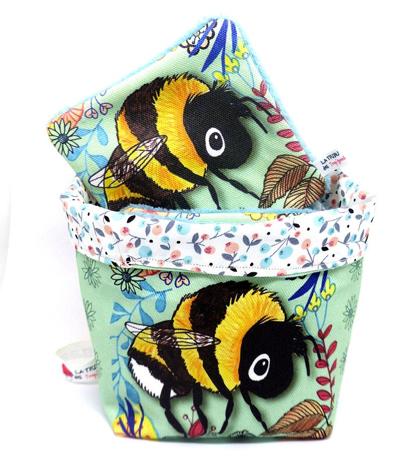 kit-lingettes-lavables-illustrees-avec-un-bourdon